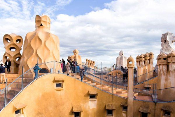 A walk through modernism Casa-Mila 2 (1)