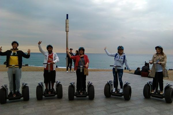 team-building_barcelona_segway tour