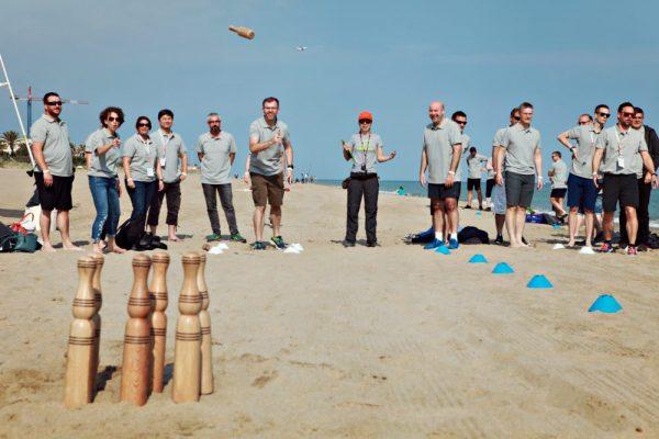 beach activities Bitlles team building