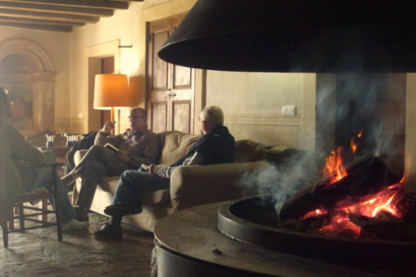 outdoor meeting fireplace