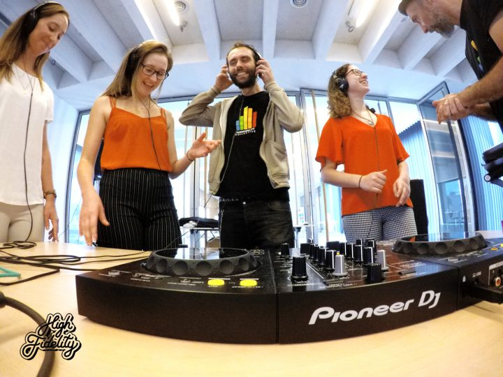 team building Music DJ activity