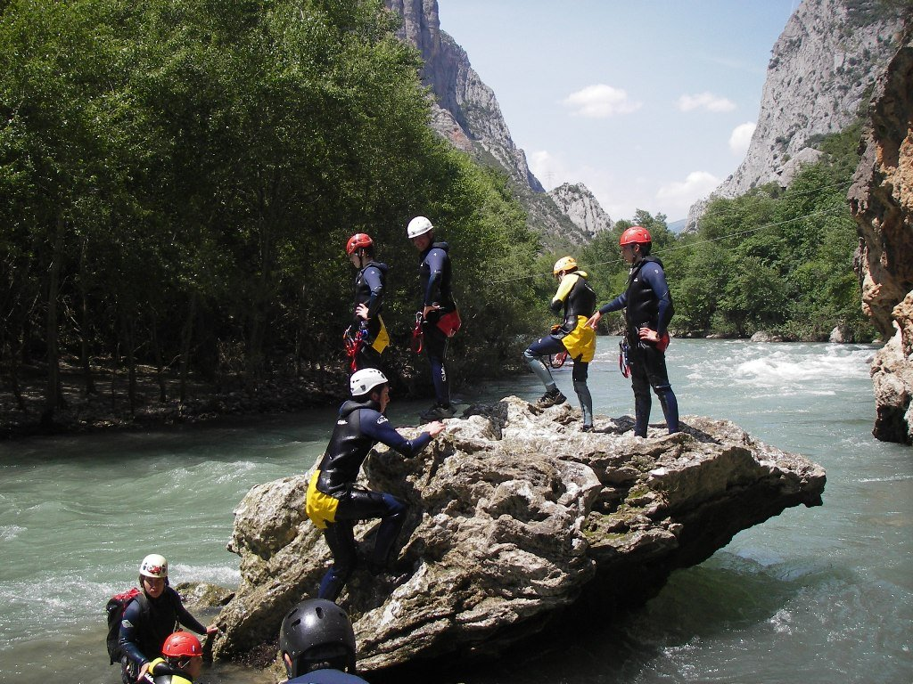 Outdoor conference Canyoning Pyrenees