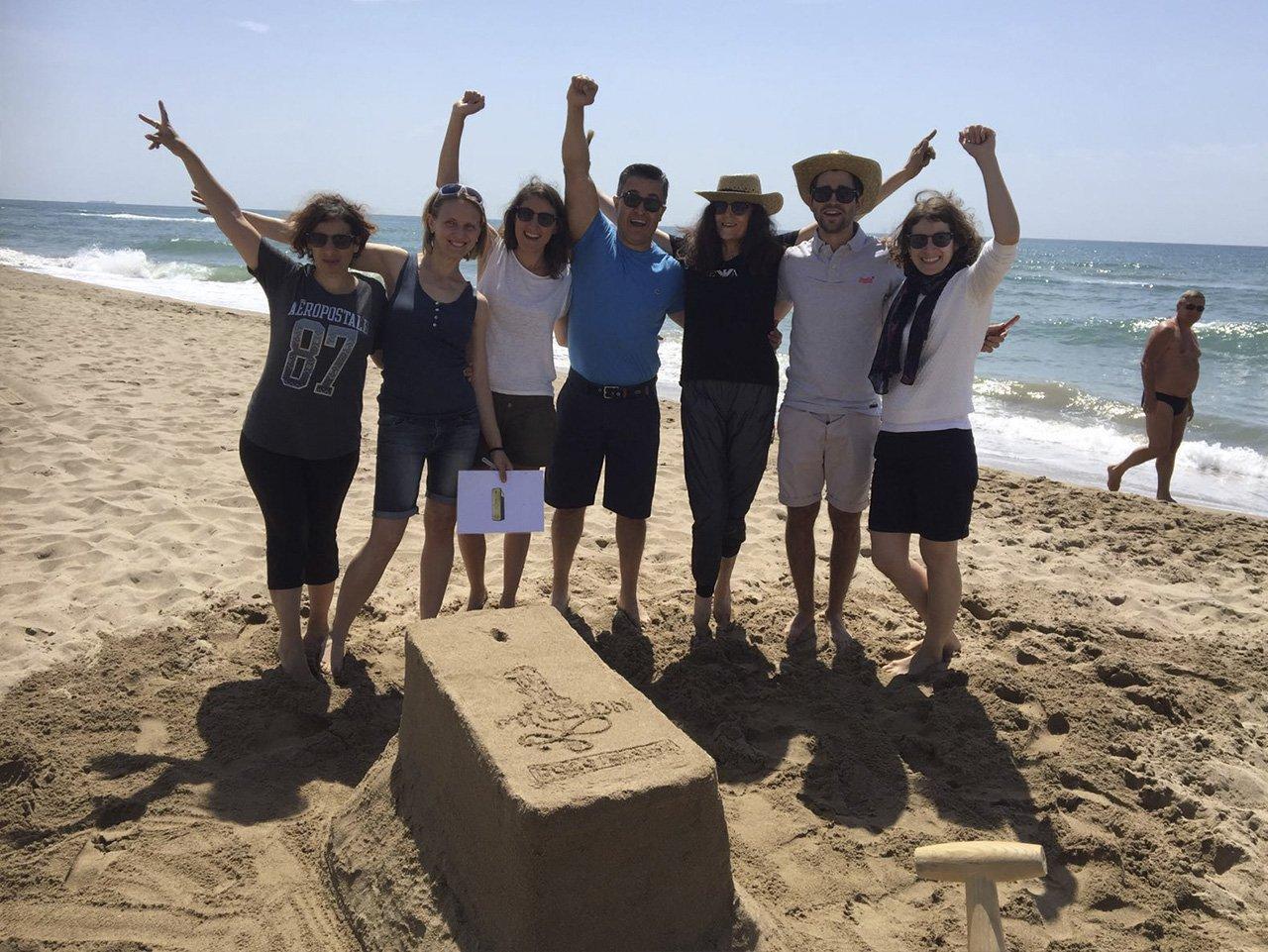 sand sculptures team building